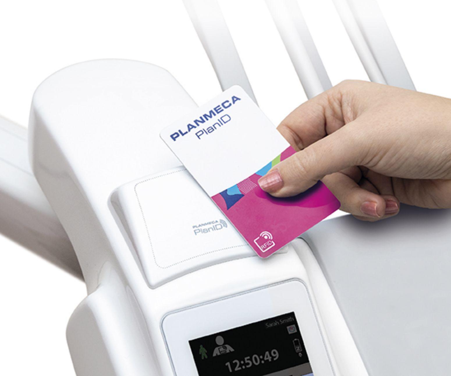 Planmeca RFID på dental units